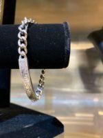 【Antidote Buyers Club / アンチドートバイヤーズクラブ】Engraved ID Braceletのご紹介